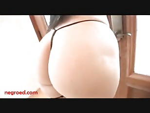 Big blonde bootys naked