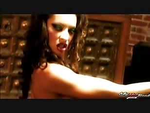 vanessa-fucking-woman-boob-milfs