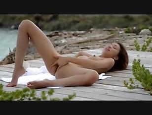 pussy_1679987