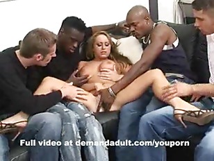 Picture Extreme Gangbang