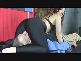 Latina Milf Grinds And Rides  Repair Man In Her Spandex With Explosive Ending