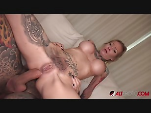 Blonde MILF Amanda Doll ass fucked while being tattooed