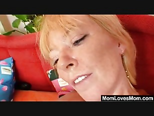 Picture Unshaven Amateur-mom Gets Toyed By Perverse...