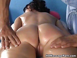 Nude massage tube