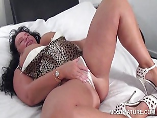 Picture Slutty Mature Touching Herself