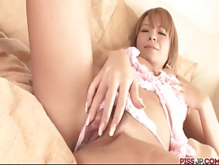 Sumire matsu makes herself squirt from her vibrator 8