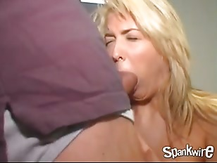 Young mommies like to fuck, guys getting fucked by big dick gifs