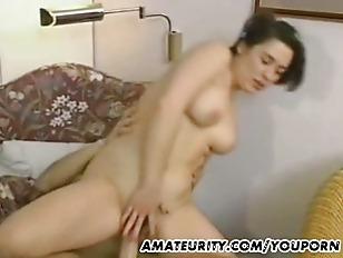 Busty Amateur Girlfriend Anal...