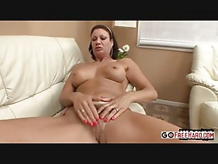 Vanessa Videl Squeezes To...