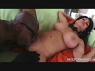 MILFGonzo Teri Weigel loves...