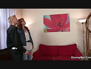 Picture Drunk Mom Gets Her Snatch Drilled
