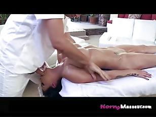 Massaging Peta P1...