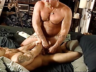 Picture CBT Young Muscle Hunk Derek DiSilva Takes Ex...