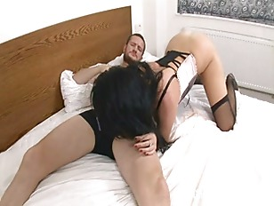 Picture Hot Chick Stracy On Foot Fetish And Cum