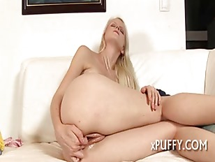 Pleasuring Beautys Fuck Holes...