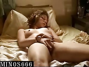 Picture AMATEUR Young Girl 18+ MASTURBATES Her Very...