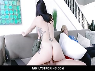 Big Tits Thick Teen Step Daughter Sex With Step Dad Next To Sleeping Mom