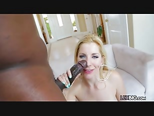 Milf Begs For Cumshot From Big-Cock Of Lexington Steele