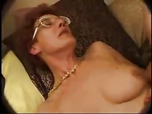 HORNY HAIRY FRENCH MOM...