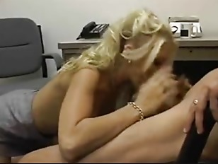 Blondie suck and fuck in a cock