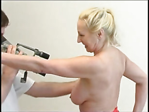 Picture Big Tit Mature Likes Being Filmed