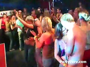 Picture Sexy Beautiful Wasted Women In A Party Try T...