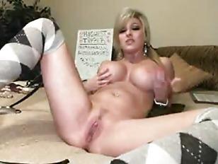 Sexy naked amateur skirts christmas girls