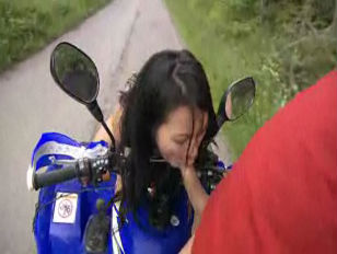 Picture Lady Mai Outdoor Sex