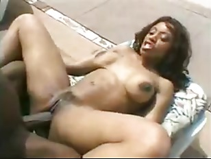 Picture Mandingo And Ayana Outdoors