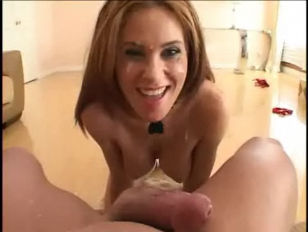 Seductive Ginger Lea Suck...