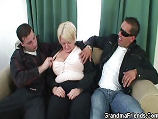 Picture Threesome Orgy With Drunk Granny