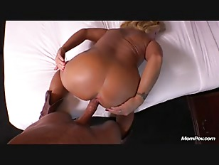 Anal Country MILF...