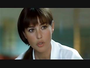 Monika Bellucci seks analny