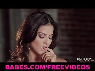 Beautiful Latina Brunette Sunny...