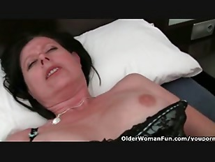 Picture Hairy And Busty Housewife Julie Collection