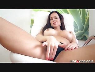 Picture MILF Moans So Sweetly