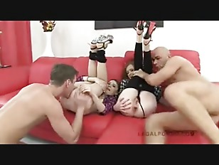 Picture Timea Bella And Linda Sweet Anal Fisting Gap...