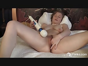 Voluptuous Lili Masturbating...