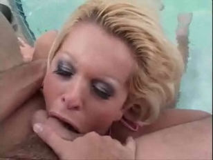 Picture She Doesnt Get Out Of The Pool To Suck Cock