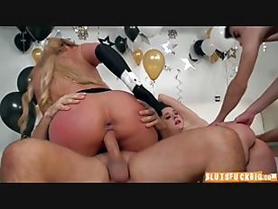 pussy_1612444