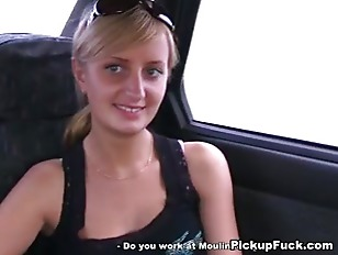 Picture Young Whore Sucks In The Car In Front Of Eve...