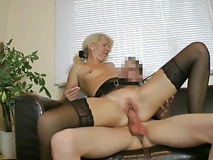 Milf fucked by STRANGER Teen(18) - Private Amateur Casting