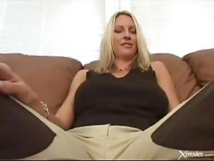 Blonde MILF Porn tubes