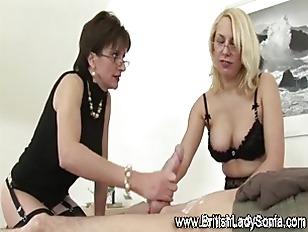 Lady sonia handjob tube 6821