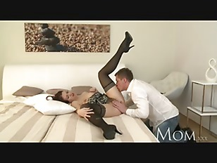Picture MOM Horny MILF Is So Grateful To Finally Hav...