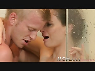 Picture Shower Sex For MILF With Young Lover