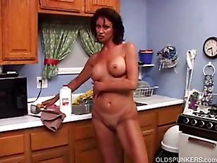 Picture Sexy MILF Vanessa Videl