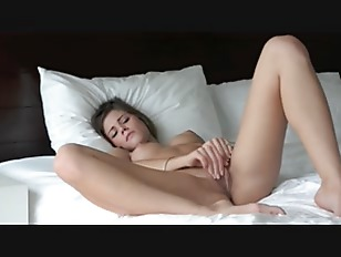 Incredible Glamour Rubbing Shaved...