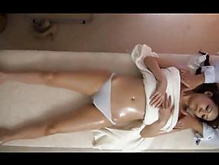 Picture Akari Gets A Sex Massage
