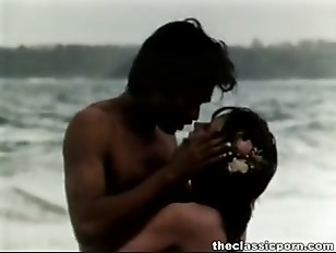 Picture Retro Fuck Near The Seashore